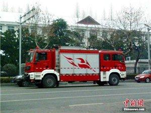 南京�F�p�^消防��r值900�f元 小巷里不用�{�^