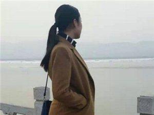【河曲微女神第1期】王的�m殿私人�制婚��z影《微封面�竺�推�]》田佳薇