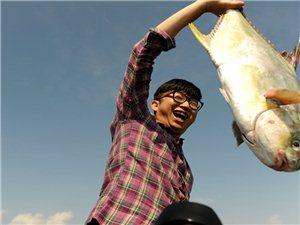 CCTV摄制组、琼海在线、琼海候鸟俱乐部探寻潭门千年古渔村
