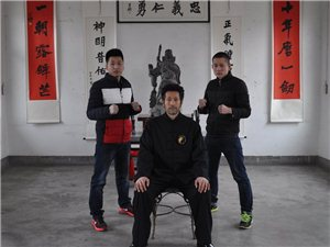智龙武�x――2015师生情