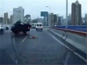 上海南浦大桥车祸实拍!【巨惊爆】飞来横祸!