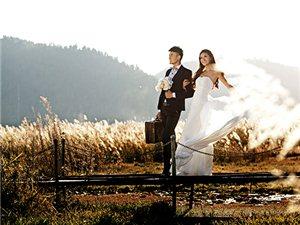 女的比�^高怎么拍婚�照