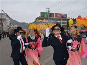 甘谷社火闹新春