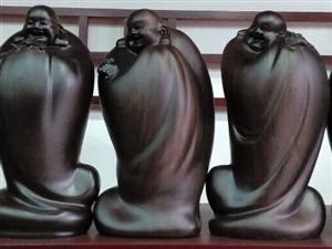 凯里首家红木工艺礼品行位于丰球黔城3号门面