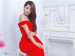 三八节 红裙澳门金沙美女