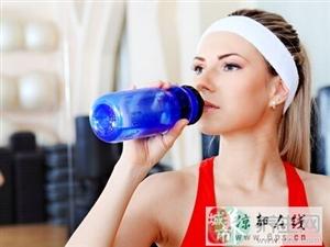 生活中最常喝的6�N毒水