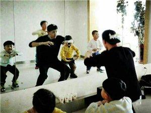 《梦想舞台》合作单位:DQ DANCE舞蹈培训中心
