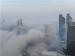 青岛雾景如海市蜃楼仙境