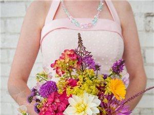 松散风格的新娘手捧花~