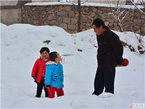三期投稿:《雪霁爷孙乐》