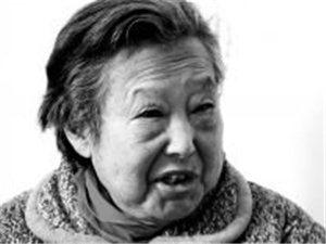 """蚌埠日报月前大量篇幅报道泗州戏""""武旦皇后""""李宝凤的艺术人生"""