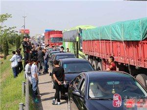 济聊高速齐河段聊城至济南方向因事故堵车严重