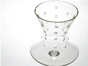 Deadly主题葡萄酒杯设计