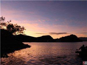 夕�下的�o沽湖