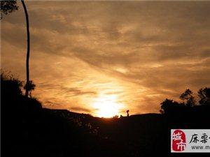 澳门拉斯维加斯官网:怀念战友、祭奠忠魂
