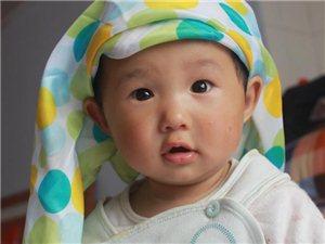 一岁宝宝生活照
