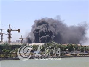 聊城古城区一在建工地突发火灾