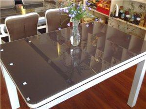 可变形餐桌
