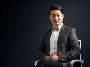 张铭,中国著名婚礼主持人