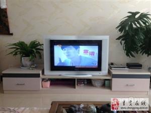 TCL32寸高清电视及电视机柜低价转让