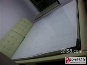 全新双人皮床,2米 2.2米,含床垫