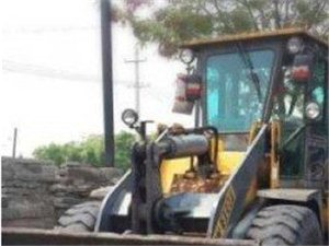 九成新铲车急售