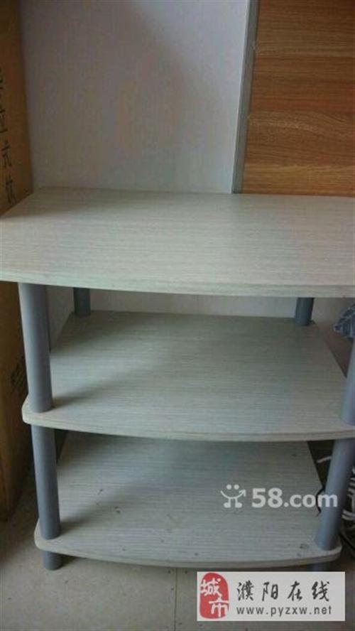 多功能崭新床头柜