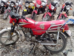 出售二手125摩托车