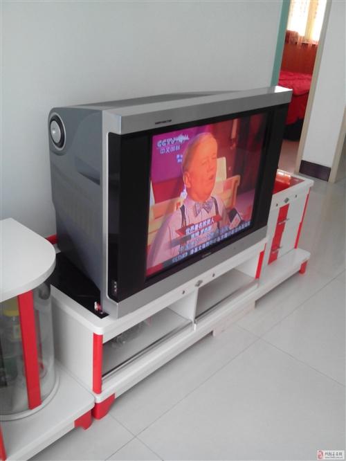 出售7成新电视和电视柜