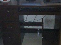 电脑桌转让