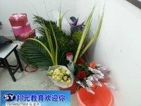 想學插花就到滁州邦元教育培訓學校
