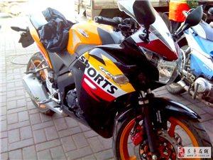9.5成新仿赛摩托车