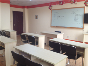 明誠教育迪士尼英語,外教名師,快樂學英語