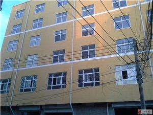 民主西路与新星路叉口3至7层54个标间整体出租