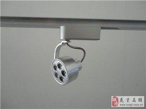 成品组装楼梯扶手。LED照明灯饰