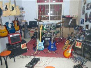 2014汉大东门弦音琴行暑期吉他速成班特惠开始了