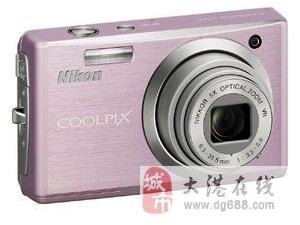 一款尼康相机cooplis560急售