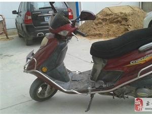 豪爵银巨星踏板摩托车出售