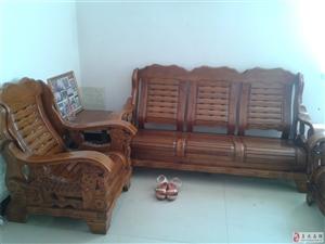 出售一套沙发