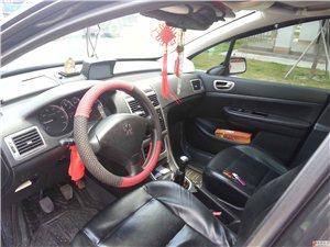 1.6升手动挡智能豪华型天窗标致车