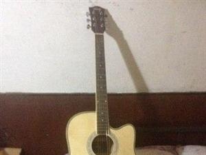 古典吉他8成新 便宜�理