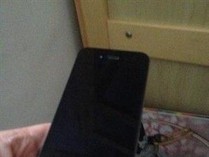 ��行黑色4S原�b正品16G