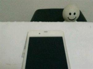 苹果4s九成新哦