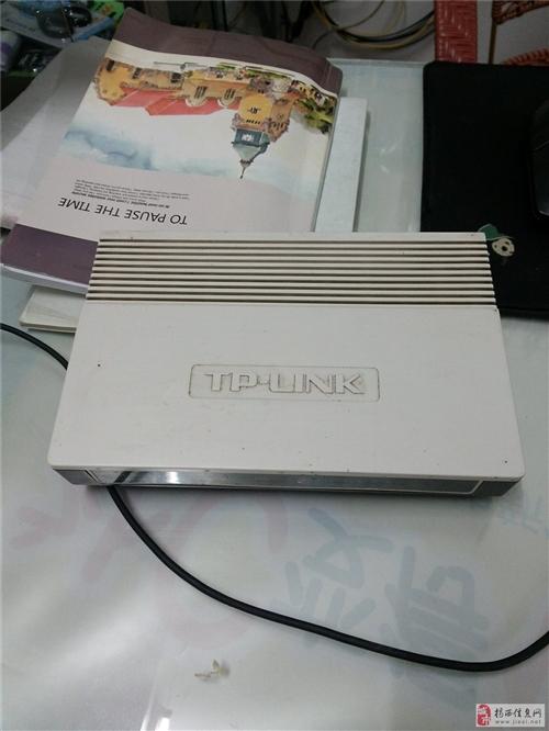 低价处理全千兆tp-link8口交换机
