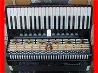 出售二手手风琴