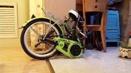 全新自行车,没有骑过,可折叠