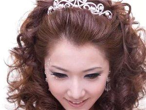 新娘化妆,盘头,招收学员。