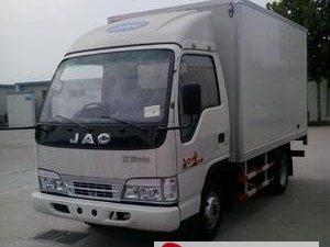3.9米江淮箱货整车圆通速递车漆