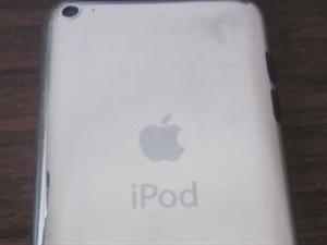 转让8.5成新国行iPod touch 4代
