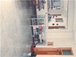 出租财政局北巷入口处第二座商铺